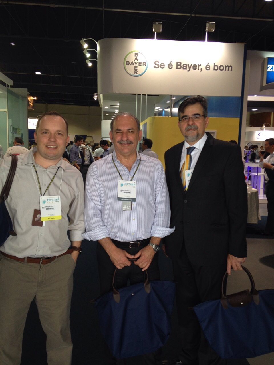 Dr. Alan Diego Negretto (Santa Maria - RS), Dr. Baruch Kuppermann (Irwine -CA), Dr. Amilton Irigaray (Joinville - SC)